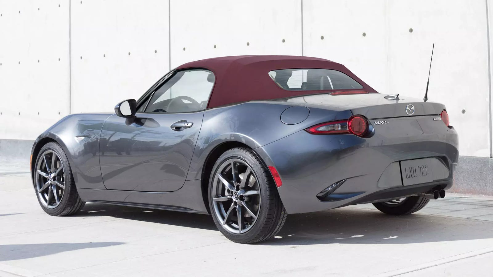 you can order a 2018 mazda miata with a red top finally. Black Bedroom Furniture Sets. Home Design Ideas