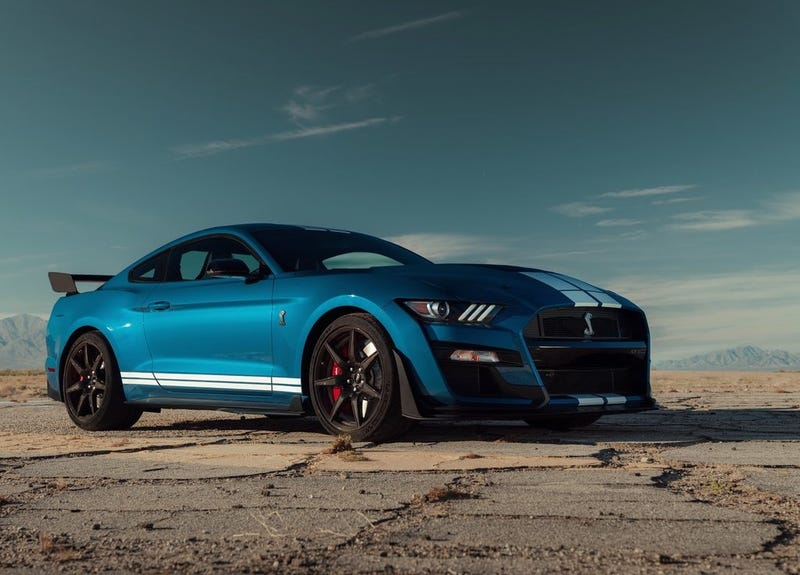 Illustration for article titled The 2020 Ford Shelby GT500 starts at $72,900