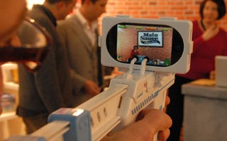 Illustration for article titled The Appgun Turns Your iPhone Into an Augmented Reality Rifle Sight