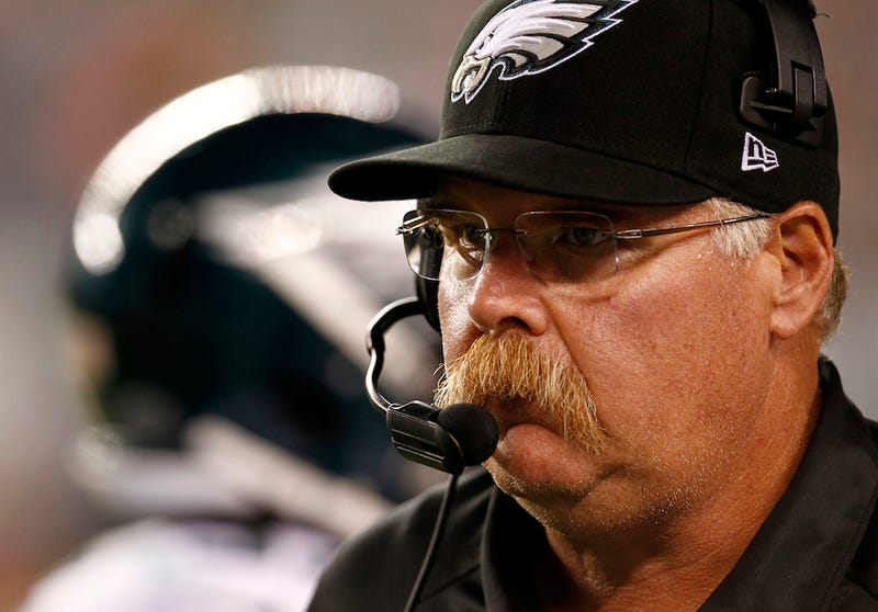 Illustration for article titled Andy Reid Is Mesmerized By Analysis: Your NFL Late Games Viewing Guide