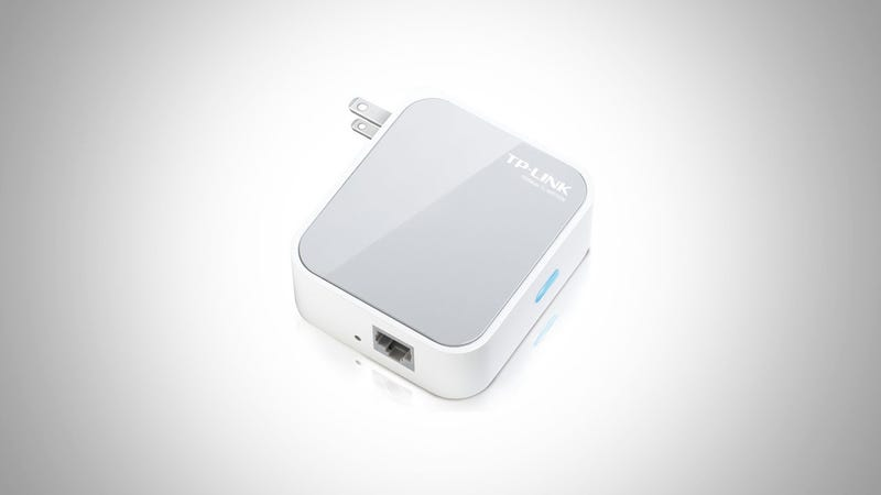 Illustration for article titled TP-Link Wireless N150 Mini Pocket Router Is a Great, Super-Cheap Alternative to the Airport Express