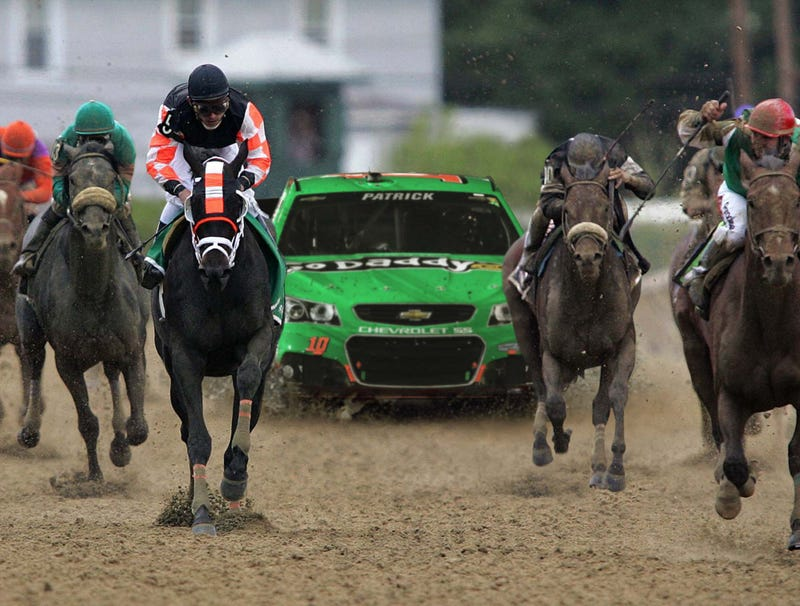 Illustration for article titled Danica Patrick Takes Last Place In Preakness Stakes