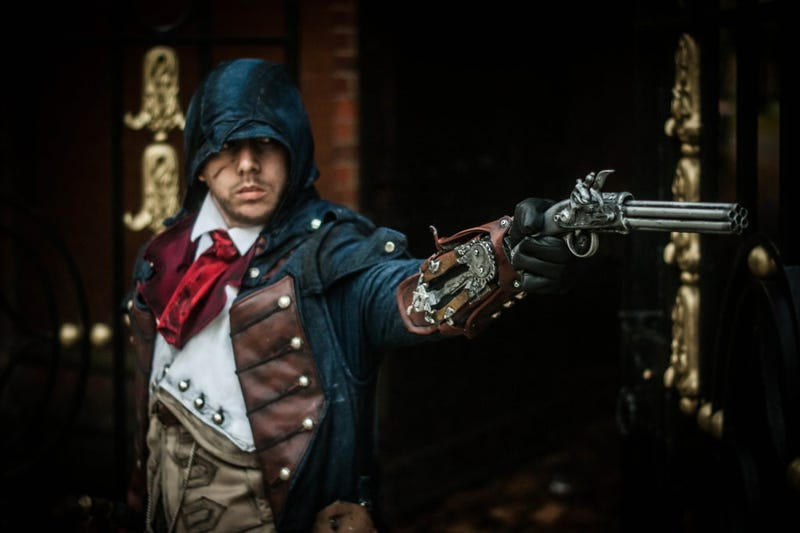 Illustration for article titled Assassin's Creed Cosplayer May As Well Be An Actual Assassin