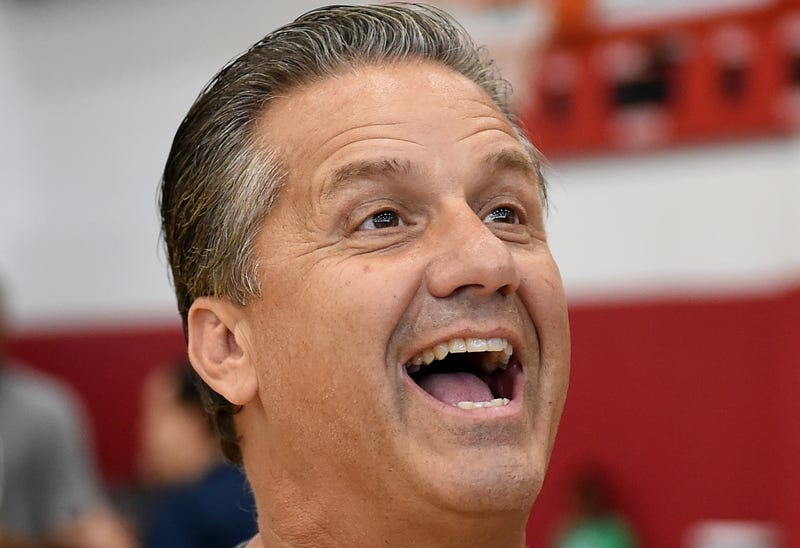 Illustration for article titled John Calipari Probably Loves The Pope Way More Than You Do