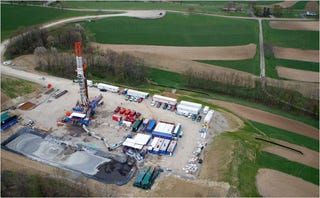 Illustration for article titled A Fracking Problem: Is Hydraulic Fracturing for Natural Gas Ruining Water Supplies?