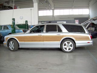 "Illustration for article titled Bentley Arnage ""woody"" wagon for sale in Italy"
