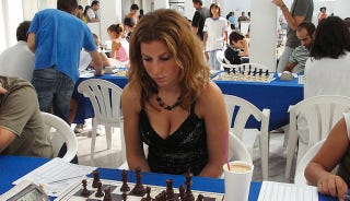 Illustration for article titled European Women's Chess Tournament Bans Excessive Cleavage