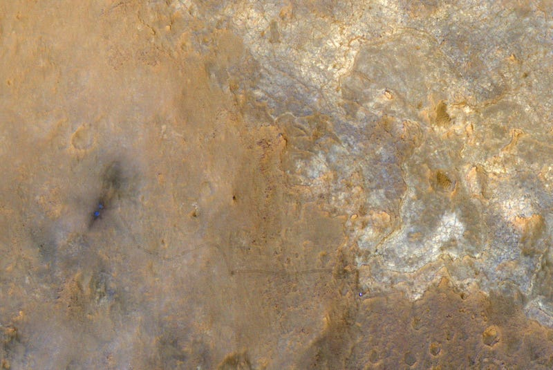 Illustration for article titled Curiosity's Just Another Pale Blue Dot in This Hi-Def Photo From Mars