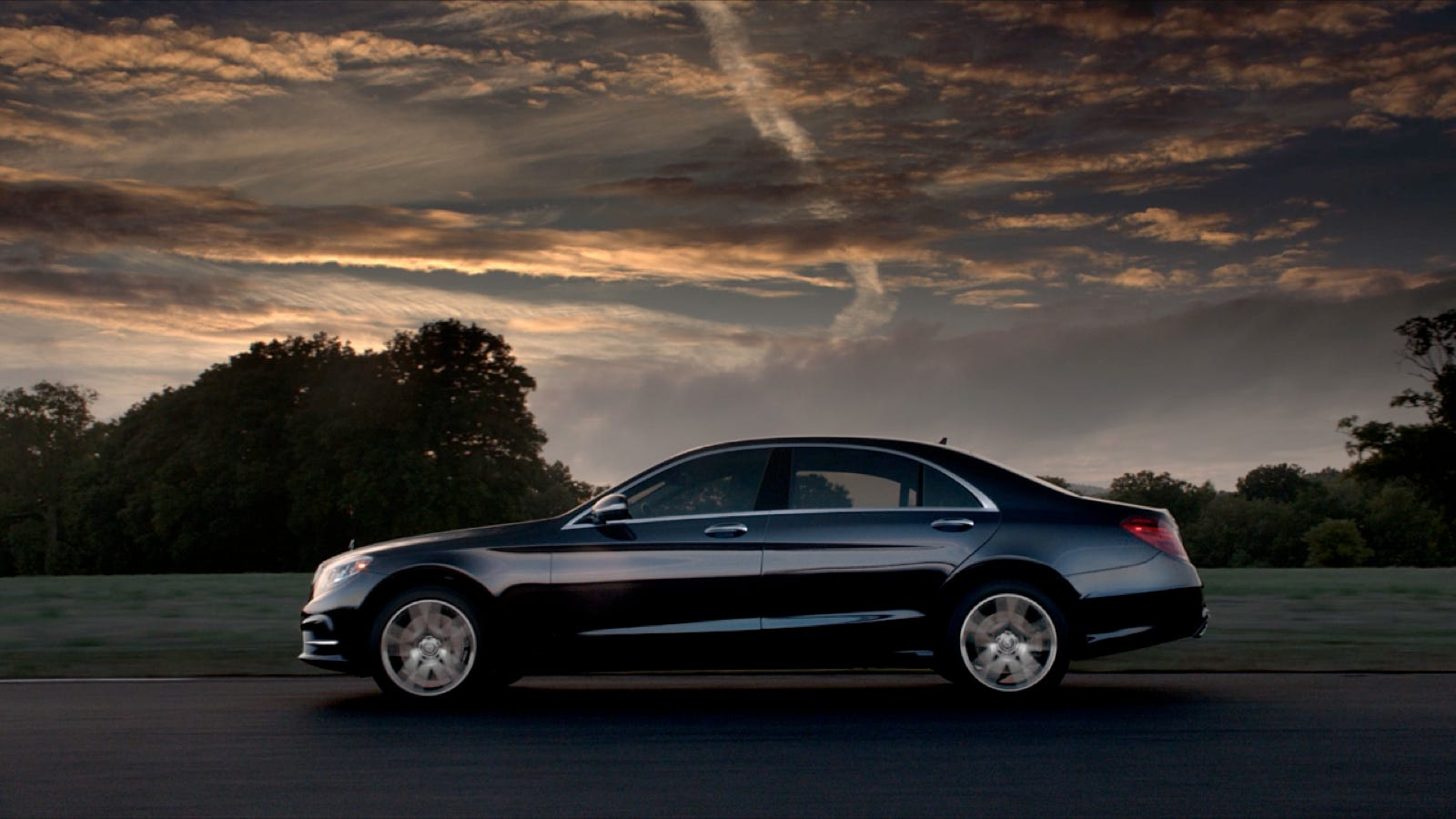 All new mercedes benz flagship 2014 s class makes its in for Mercedes benz flagship car