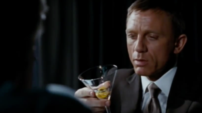Illustration for article titled Live and let drink: Study concludes that James Bond has an alcohol problem