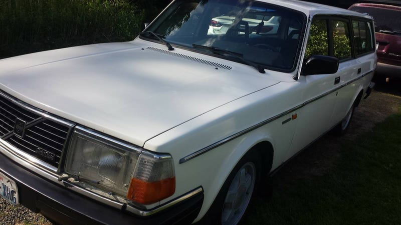 For 3 100 This 1984 Volvo 240 Dl Could Be The D You Need