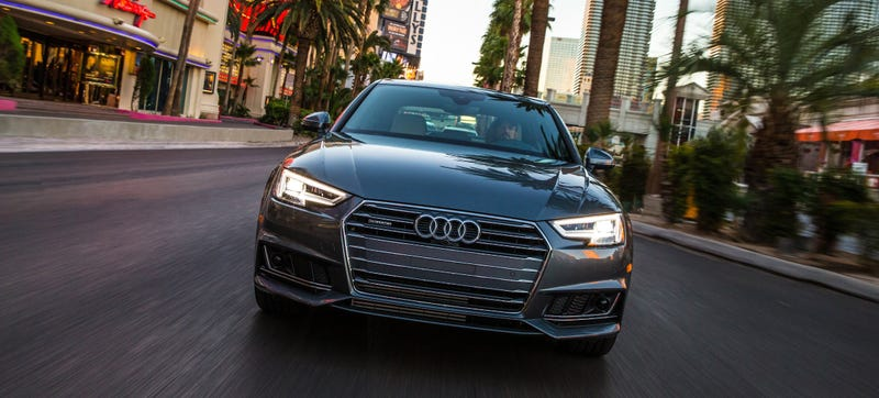 Audis Are Starting To Talk To The Traffic Lights In Las Vegas - Audi las vegas
