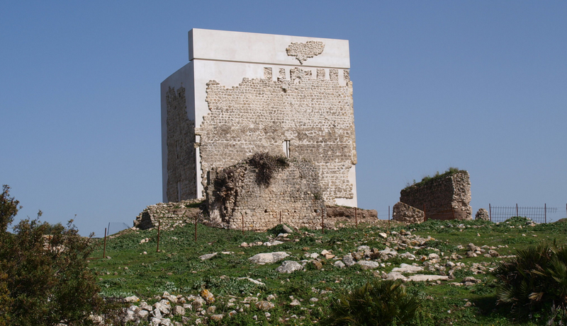 Illustration for article titled Desastre medieval: restauran un castillo del siglo IX cubriéndolo de cemento