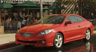 Illustration for article titled I saw Toyota Camry Solara yesterday!