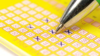 Illustration for article titled Woman Wins $15 Million With Lottery Ticket She Didn't Ask For