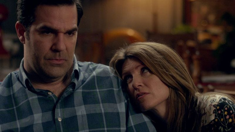 Rob Delaney (left), Sharon Horgan (Screenshot: Amazon)