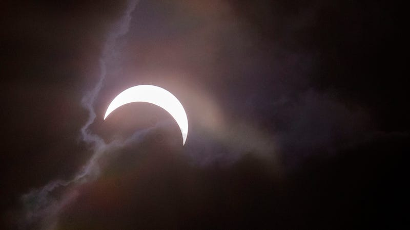 Do-it-yourself solar eclipse viewers at home
