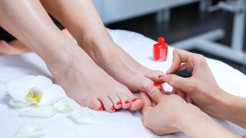 Illustration for article titled Shit Rich Businesswomen Are Doing: 'Pedicure Powwows'