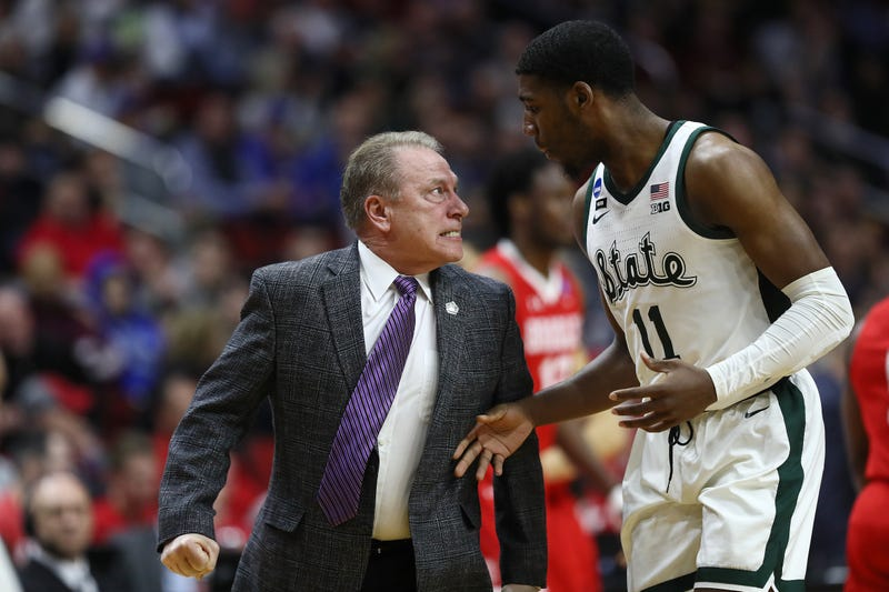 Illustration for article titled Tom Izzo Isn't Sorry For Having To Be Restrained From Going After A Freshman