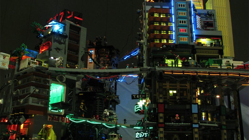 Illustration for article titled This Decaying, Futuristic Lego City Is Neotokyo Reborn
