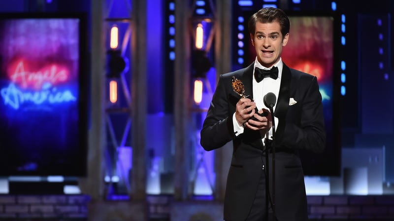 Illustration for article titled Andrew Garfield Dedicated His Tony Win to 'LGBTQ People Who've Fought & Died for the Right to Live'
