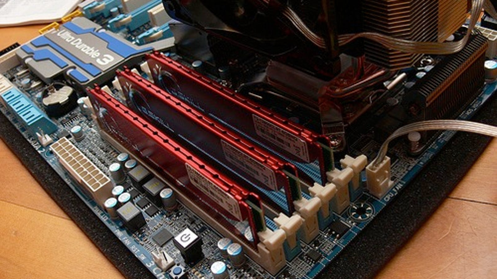 How to check the compatibility of the motherboard and RAM: some simple ways