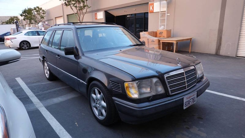 Illustration for article titled At $2,800, Could This 1995 Mercedes Benz E320 Wagon Haul Home a Win?