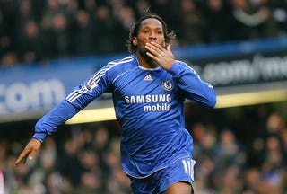 Illustration for article titled Drogba Blows Kisses, Hirshey Blows