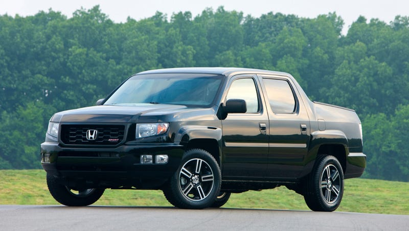 Illustration for article titled The Honda Ridgeline Is Not A Utilitarian Pickup Truck