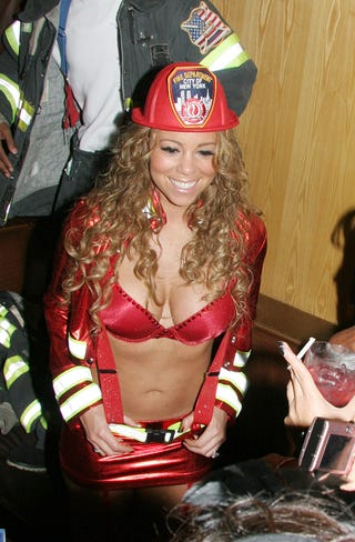 Illustration for article titled Trick Or Treat? Mariah, Hot Like Fiyah