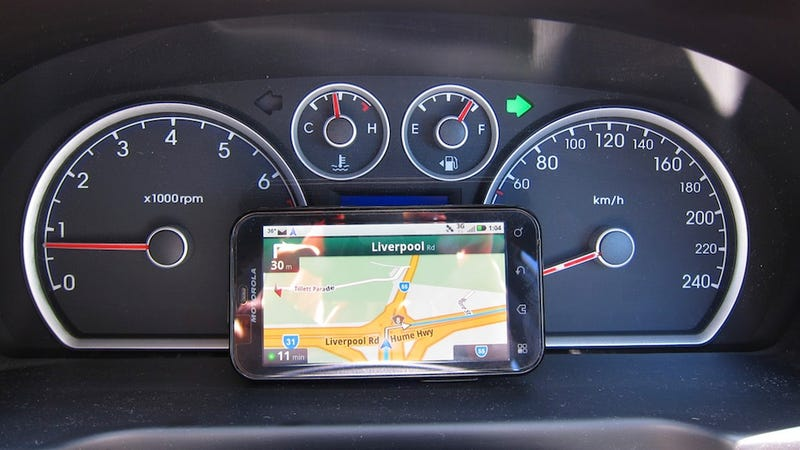 Illustration for article titled Most Popular Car GPS Unit: Your Smartphone