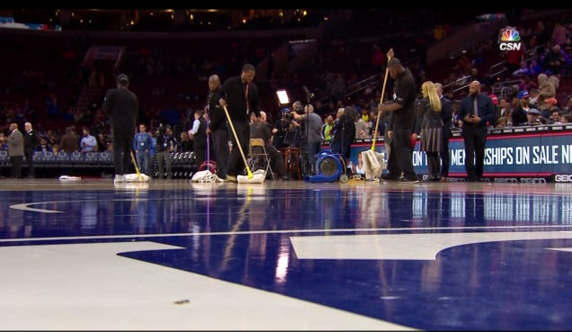Kings at 76ers postponed due to condensation