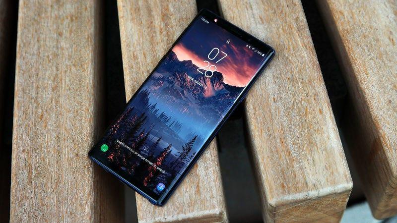 Illustration for article titled Es muy posible que el Samsung Galaxy Note 10 no tenga puerto de auriculares ni botones físicos