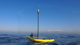 Illustration for article titled Autonomous Wave Gliders Attempt Historic Solo Pacific Crossing