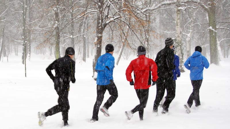 Illustration for article titled Everything You Need to Know About Running In the Cold
