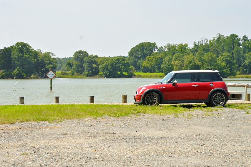 Illustration for article titled The mini went on some average sized roads today