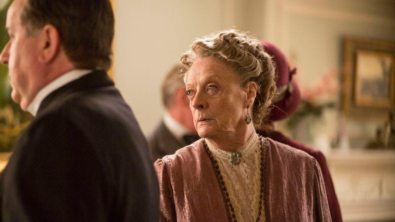 Maggie Smith (Nick Briggs/Carnival Film & Television Limited 2014)