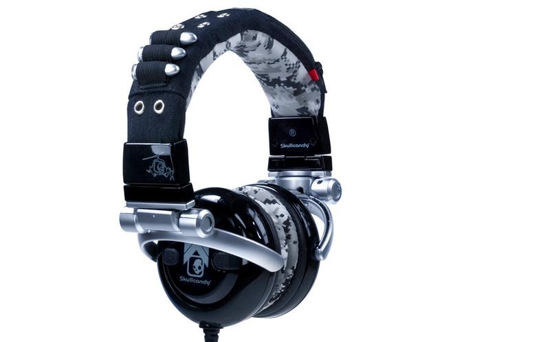 Illustration for article titled Skullcandy G.I. Headphones Kick Ass, Take Names