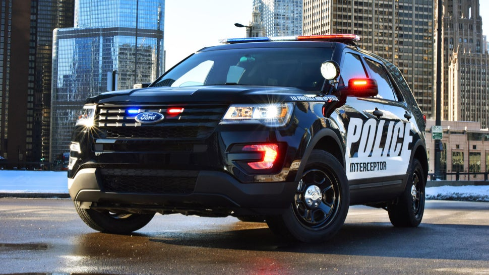 Hereu0027s the 2016 Ford Explorer in its cop costume otherwise known as a  Ford Police Interceptor Utility.  Upgrades on the civilian version go a little ... : ford interceptor police car - markmcfarlin.com