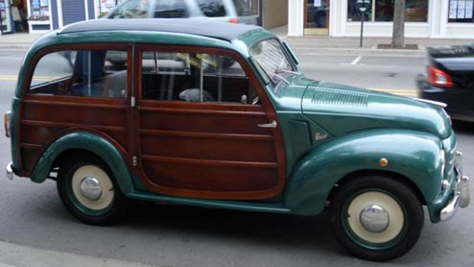 fiat 500c woody wagon shows off up north. Black Bedroom Furniture Sets. Home Design Ideas