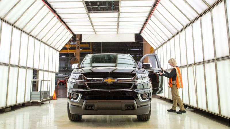 Illustration for article titled Dealers Want So Many 2015 Chevy Colorados That GM's Boosting Assembly