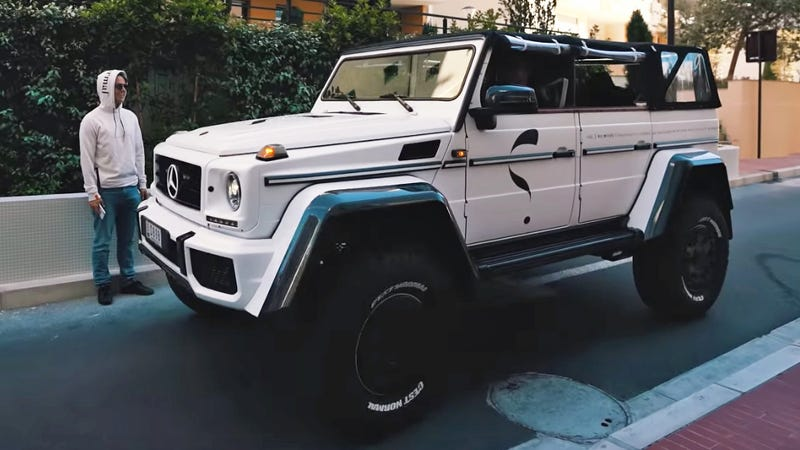 Illustration for article titled This Mercedes G500 4x4² Has Been Modded Specifically for Mall Crawling