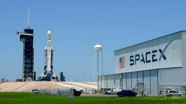 All the Cool Things Going to Space Tonight Aboard a SpaceX Falcon Heavy Rocket