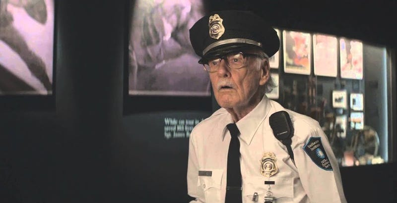 El cameo de Stan Lee en Captain America: The Winter Soldier.