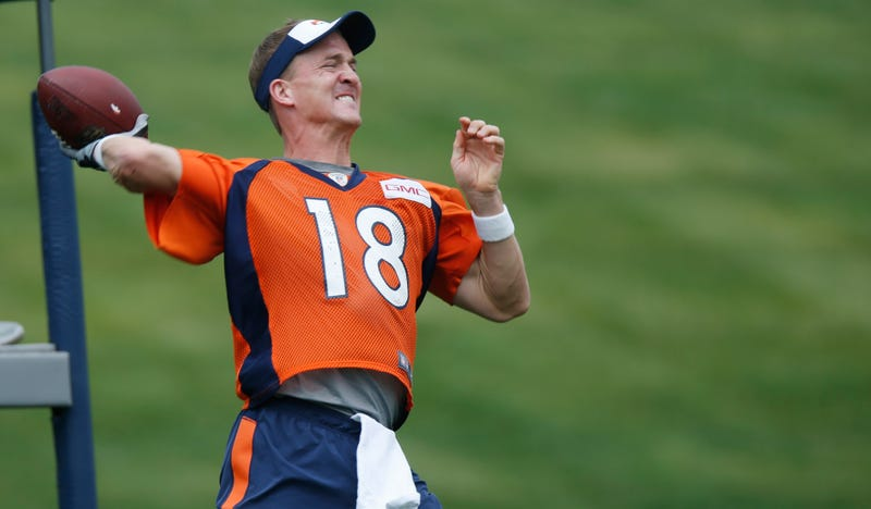 Illustration for article titled What's Going On With The Broncos And Peyton Manning?