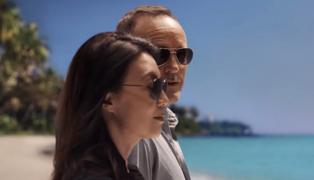 Watch the Agents of SHIELD Cast and Crew Say Goodbye Ahead of Tomorrow s Finale