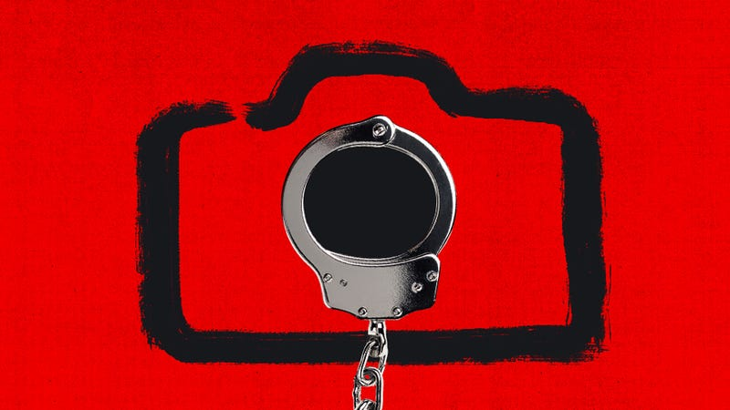 Illustration for article titled This Is the Revenge Porn Law We Need in America
