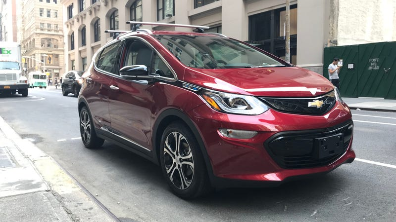 Illustration for article titled What Do You Want to Know About the 2018 Chevrolet Bolt?
