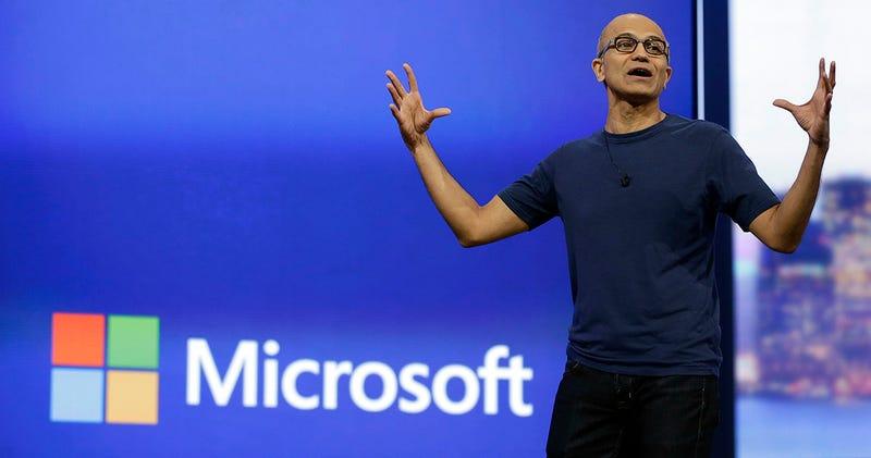 El CEO de Microsoft enfurece a las mujeres con polémicas declaraciones