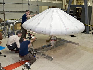 Illustration for article titled NASA Successfully Tests Inflatable Heat Shield